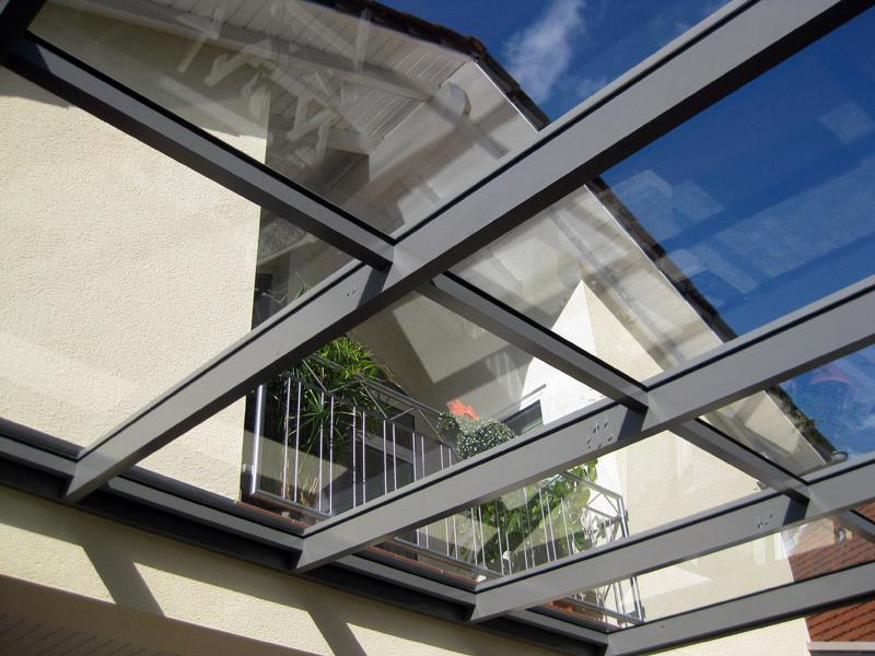 berdachungen aus glas und aluminium bemet metallbau gmbh. Black Bedroom Furniture Sets. Home Design Ideas